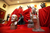 A picture taken 20 January 2006 shows statuettes of Soviet Union founder Vladimir Lenin during an exhibition in the Workers' Hall of the only...