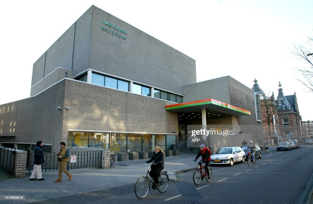 A picture taken 24 November 2006 shows the Van Gogh museum in Amsterdam The Van Gogh museum in Amsterdam will show until 04 March 2006 hundreds of...