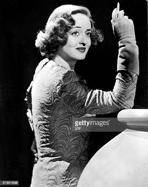 Picture taken in the 40s of US film actress Bette Davis popular name of Ruth Elizabeth Davis Born in 1908 in Lowell she went to Hollywood in 1930 and...
