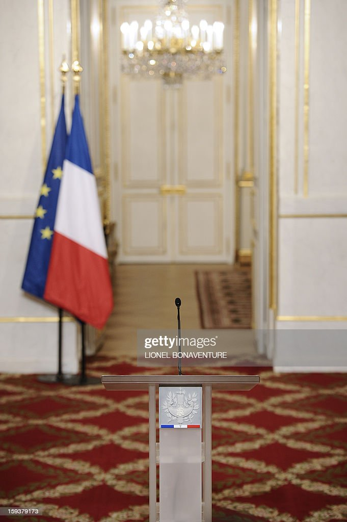 Picture taken of the pupitre where France's president gave a speech focused on the Malian situation, on January 12, 2013 at the Elysee presidential palace in Paris. Backed by French air power, Malian troops on January 11, 2013 unleashed an offensive against Islamist rebels who, having seized control of the north of the country in March last year, were threatening to push south. France has asked the United Nations to 'accelerate' implementation of a resolution that enables the deployment of an international force to Mali. AFP PHOTO / POOL / LIONEL BONAVENTURE
