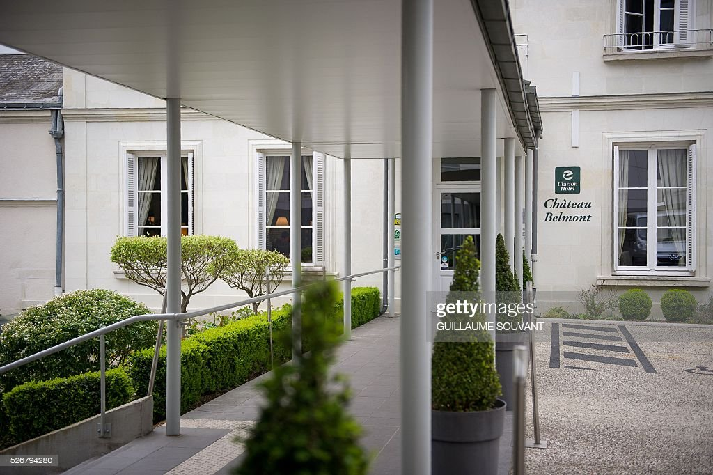 A picture taken on April 29, 2016 in Tours, central France, shows the entrance of the Chateau de Belmont hotel, which will host the Czech national football team during the Euro 2016 football championships. / AFP / GUILLAUME