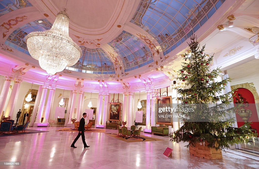 A picture taken on December 20, 2012 shows a seven-meter high Christmas tree displayed under the dome of the Negresco palace hotel in Nice, southeastern France.