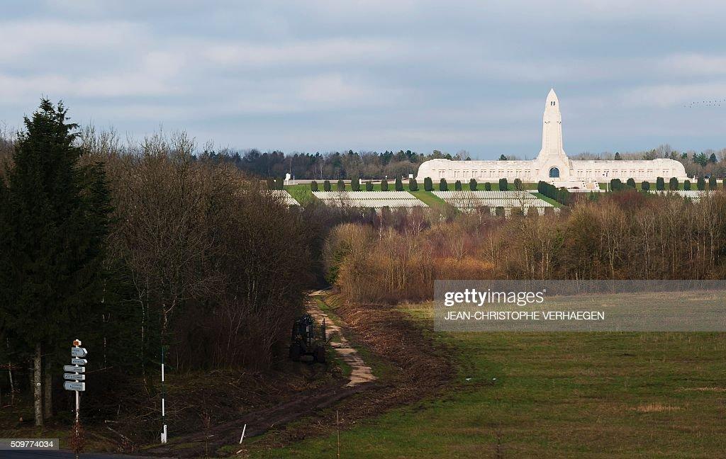 A picture taken on February 12, 2016 in Fleury-devant-Douaumont, eastern France shows Douaumont ossuary of Verdun Memorial. / AFP / JEAN-CHRISTOPHE VERHAEGEN