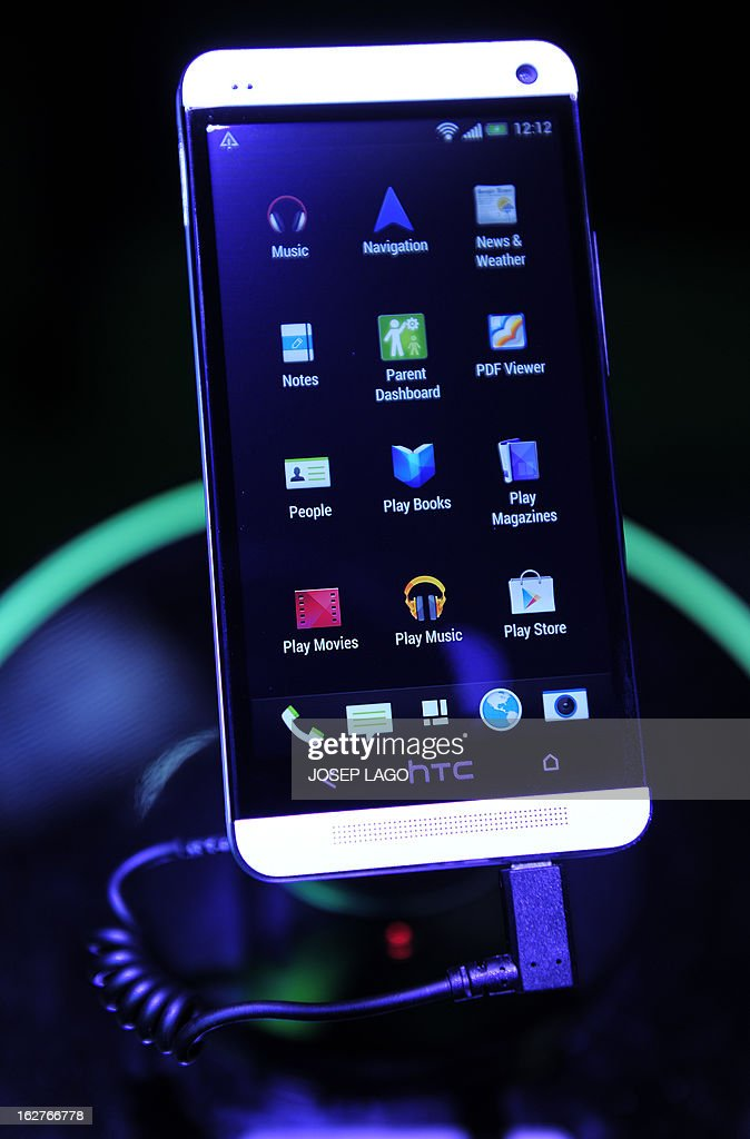 A picture taken on February 26, 2013 shows a new smartphone 'One X' by HTC at the 2013 Mobile World Congress in Barcelona. The 2013 Mobile World Congress, the world's biggest mobile fair, is held from February 25 to 28 in Barcelona. AFP PHOTO / JOSEP LAGO