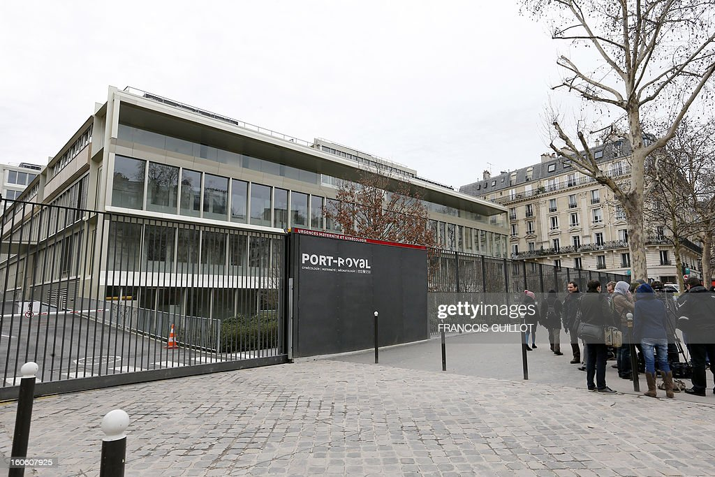 A picture taken on February 3, 2013 shows the main entrance of the emergency unit at the Port-Royal maternity in Paris. Two days before, a baby died in utero after a pregnant woman was due to give birth, during the night on January 31 to February 1st, at Port-Royal maternity, but could not be treated because no room was available upon her arrival at the emergency unit, according to French newspaper Le Parisien. French government requested today to launch an 'exceptional inquiry' and Social Affairs and Health Minister Marisol Touraine expressed her 'deep emotion' towards the couple.