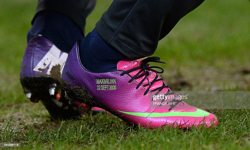 Picture taken on February 8, 2013 of the shoes of Paris Saint-Germain's Swedish forward Zlatan Ibrahimovic bearing the first name of his son, Maximilian, during the French L1 football match Paris Saint-Germain (PSG) vs Bastia at the Parc des Princes stadium in Paris. AFP PHOTO / FRANCK FIFE