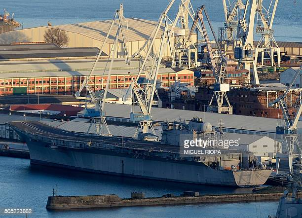 Prince Des Asturies Photos et images de collection | Getty ...Spanish Aircraft Carrier Prince Of Asturias