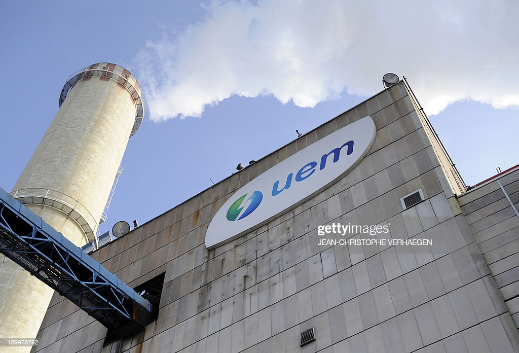A picture taken on January 214, 2013 shows the UEM thermal power plant ('Usine d'Electricité de Metz' in French) in Metz, eastern France. This thermal power plant, coal-fired, gas and biomass, provides electricity and heat to Metz and to the surrounding towns.