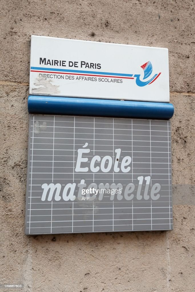 A picture taken on January 22, 2013 shows the sign of a pre-school in Paris, on the first day of a strike in Paris' schools called by French educational trade unions to protest against French Education Minister's project to turn back to a 4,5-day work-week for the 2013-2014 schoolyear.