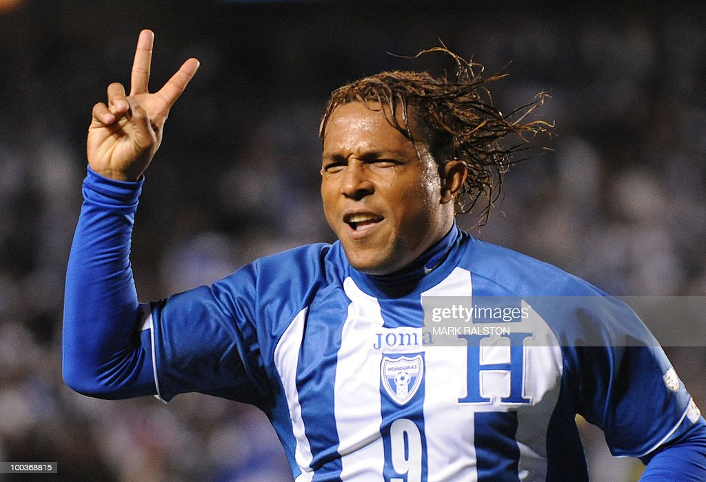 Picture taken on January 23, 2010 shows football player Carlos Pavon of Honduras celebrating after scoring against the US during their international friendly at the Home Depot Center Stadium in Los Angeles. AFP PHOTO/Mark RALSTON