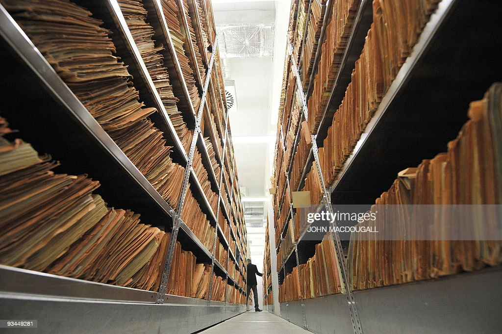 KAUFFMANN - FILES - Picture taken on June 22, 2009 shows hundreds of files in the archives of the former East German secret police, known as the Stasi in Berlin. After the elections in September 2009, the new power in place in Germany's eastern state Brandenburg, formed by the Social Democratic Party (SPD) and Germany's leftist Party 'Die Linke' (The Left), creates an uneasiness in Germany cause it counts former Stasi (former East German secret police) informants. AFP PHOTO JOHN MACDOUGALL