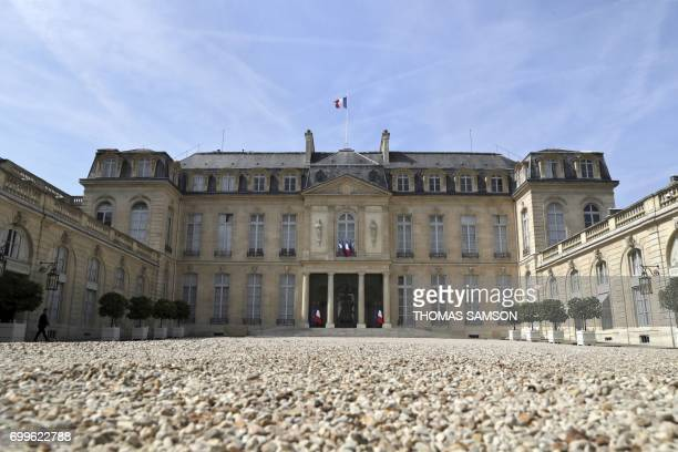 A picture taken on June 22 2017 shows the Elysee Presidential Palace in Paris / AFP PHOTO / Thomas Samson