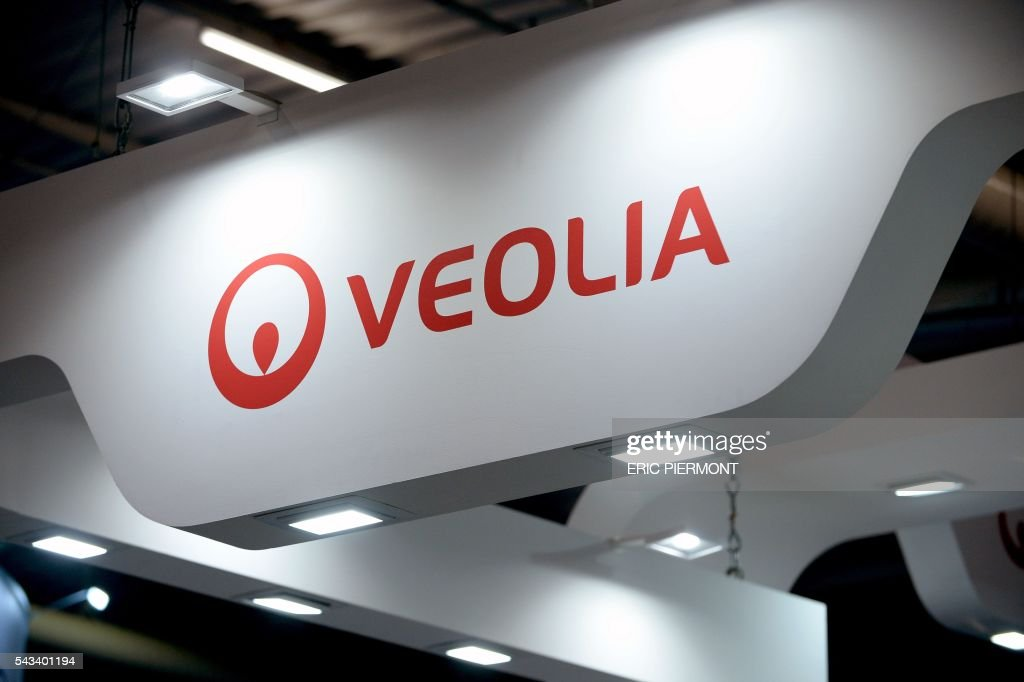 A picture taken on June 28, 2016 shows the logo of French international water and utilities group Veoliaduring the World Nuclear Exhibition in Le Bourget, near Paris. / AFP / ERIC
