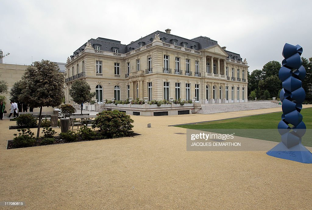 A picture taken on June 7 2011 in Paris shows the Château de la Muette OECD headquarters This castle is a place where the representatives of the...