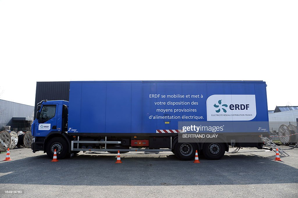 A picture taken on March 29, 2013 shows a truck with generators at the site of ERDF (Electricity Network Distribution France) in Saint-Ouen-l'Aumone, near Paris.