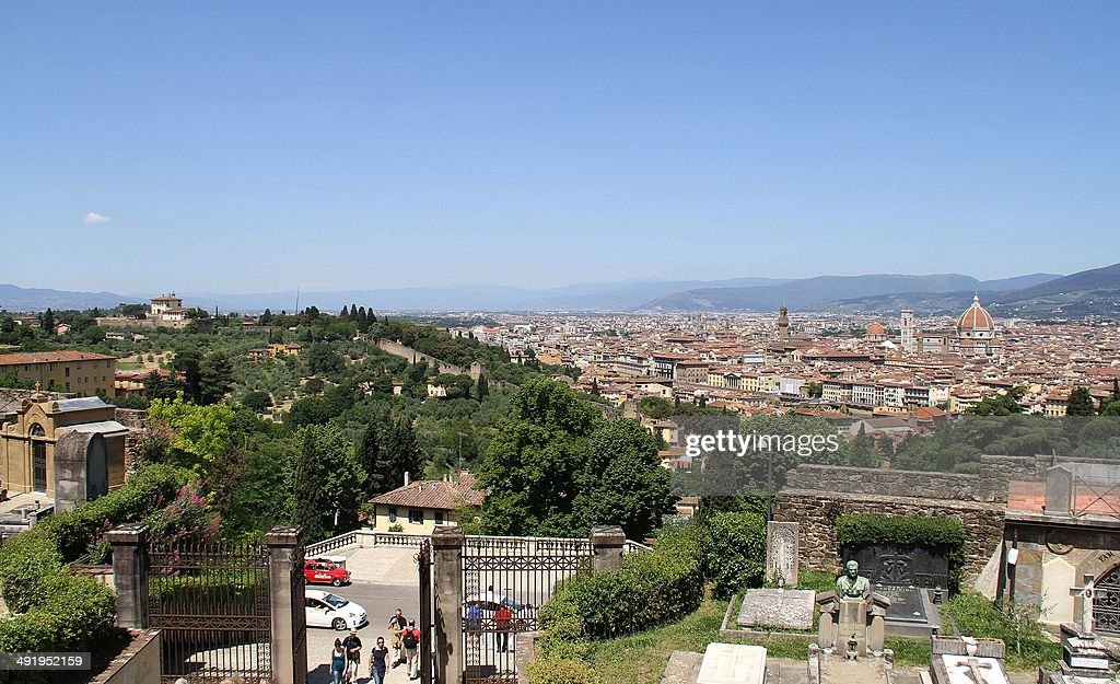 A picture taken on May 18, 25014 in Florence shows a view of Florence and the Forte Belvedere (L) where the Hip hop star Kanye West and reality TV celebrity Kim Kardashian should organise their wedding party on May 24, 2014. Kanye West and Kim Kardashian are to marry in a chateau near Paris before heading to Florence. Some 1,600 guests have been invited to the Chateau d'Usse, a Renaissance dwelling southwest of Paris, for the May 24 wedding ceremony, Florence newspaper la Nazione reported. From there the celebrity pair and their guests will head to the Italian city, where they have rented the Forte Belvedere -- a 16th-century fortress -- for their wedding party.