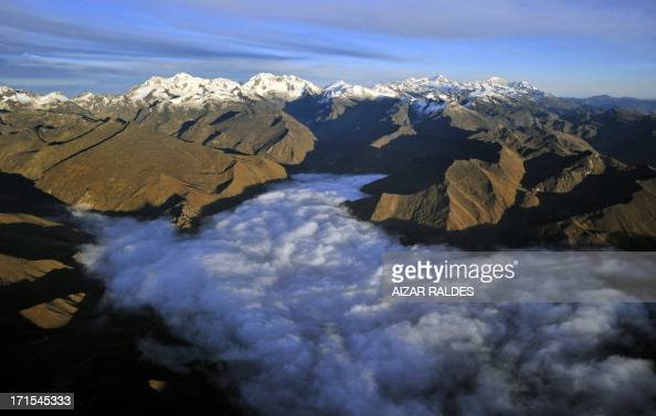 Picture taken on May 24 2013 of the Andes in west Bolivia AFP PHOTO/Aizar Raldes