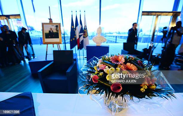 A picture taken on May 29 2013 shows a flower bouquet at the city hall of Montpellier southern France before the wedding of Vincent Autin and Bruno...
