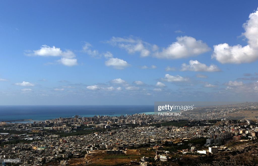 A picture taken on May 29, 2016 shows a general view of the city of Sidon as seen from the southern Lebanese town of Maghdouche East. / AFP / Patrick BAZ