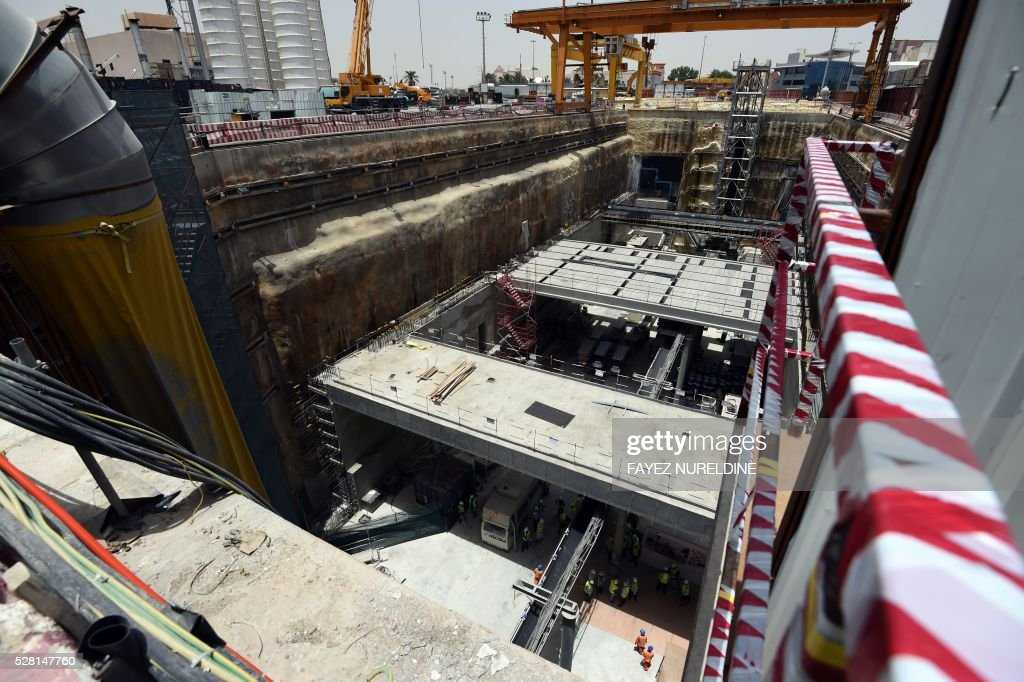 A picture taken on May 4, 2016 shows a construction site of a section of the Saudi capital Riyadh's $22.5 billion metro system. The system, which will have six lines covering 176 kilometres (109 miles), supported by a bus network of 1,150 kilometres, is due to be completed by the end of 2018. Deputy Crown Prince Mohammed bin Salman announced a long-term reform programme, dubbed 'Vision 2030', marking the beginning of a hugely ambitious attempt to move Saudi Arabia beyond oil, the backbone of its economy for decades. / AFP / FAYEZ