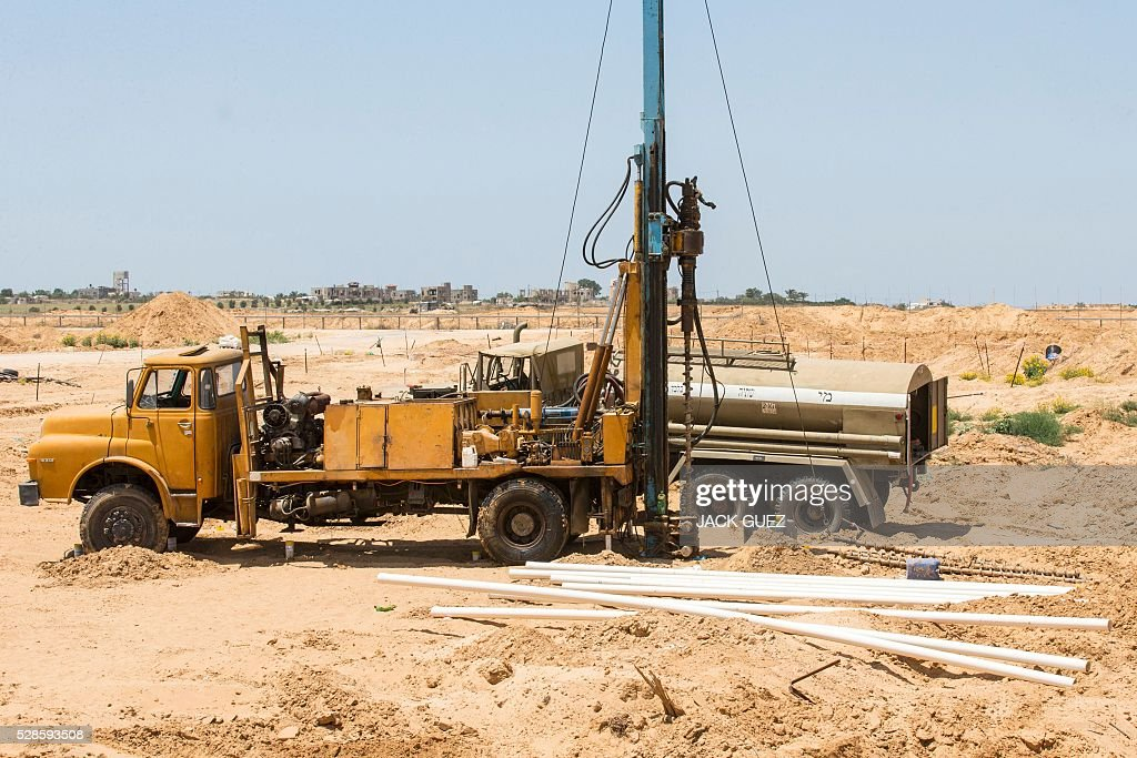 A picture taken on May 6, 2016 from the Israeli side shows drills bits along the border with the Gaza Strip as Israeli forces search for infiltration tunnels leading into southern Israel. Three days of mortar and tank fire between Israel and Palestinian militants, as well as Israeli air strikes, have raised concerns of a new conflict in the Hamas-run territory. / AFP / JACK