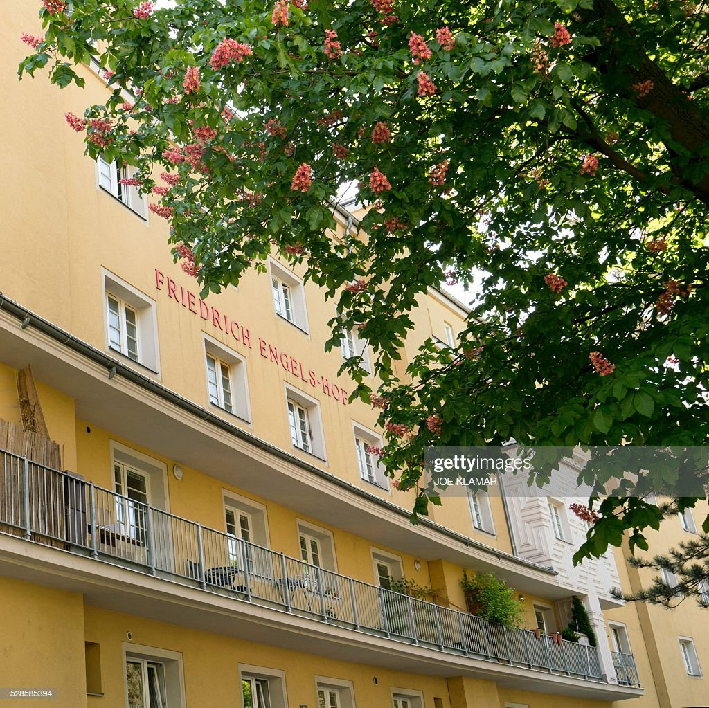Picture taken on May 6, 2016 shows a block of the 'Friedrich-Engels-Hof' council housing, built between the wars in Simmering, the working class district of Vienna governed for almost a century by the Left but since last year by the far-right. Bookmakers expect Norbert Hofer of the populist Freedom Party (FPOE) to be elected president on May 22, 2016 in Vienna, Austria. / AFP / JOE