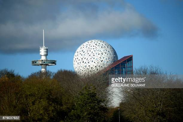 A picture taken on November 25 2017 shows the Futuroscope theme park in ChasseneuilduPoitou Western France / AFP PHOTO / GUILLAUME SOUVANT