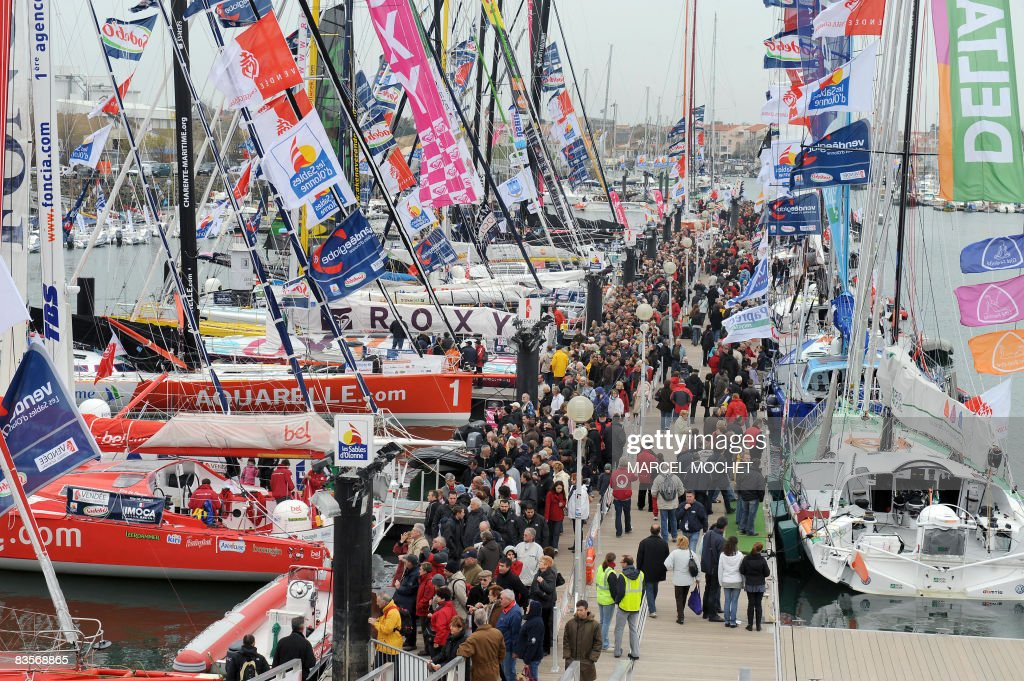 Picture taken on November 5 2008 in the western French harbor of Sablesd'Olonne of the 30 monohulls which will take the start of the Vendee Globe...