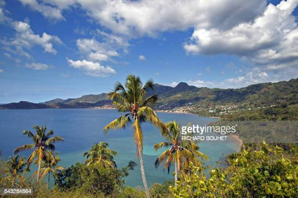 A picture taken on October 17 2005 shows the M'Tzamboro beach east of island of Mayotte where illegal immigrants from Anjouan in the Comoros...