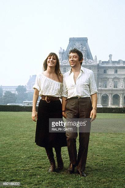 Picture taken on October 1969 shows French singer Serge Gainsbourg and English singer and actress Jane Birkin in Paris AFP PHOTO RALPH GATTI