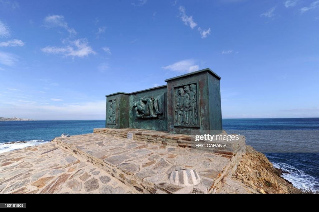 A picture taken on October 25, 2013 shows a bronze sculpture by French sculptor Aristide Maillol (1861-1944) made in 1933, at a pro-peace World War I memorial in Banyuls-sur-Mer, southern France. 2014 will mark the 100th anniversary of the First World War, of which the commemorations will be the first without any direct witnesses of the conflict, as they all passed away.