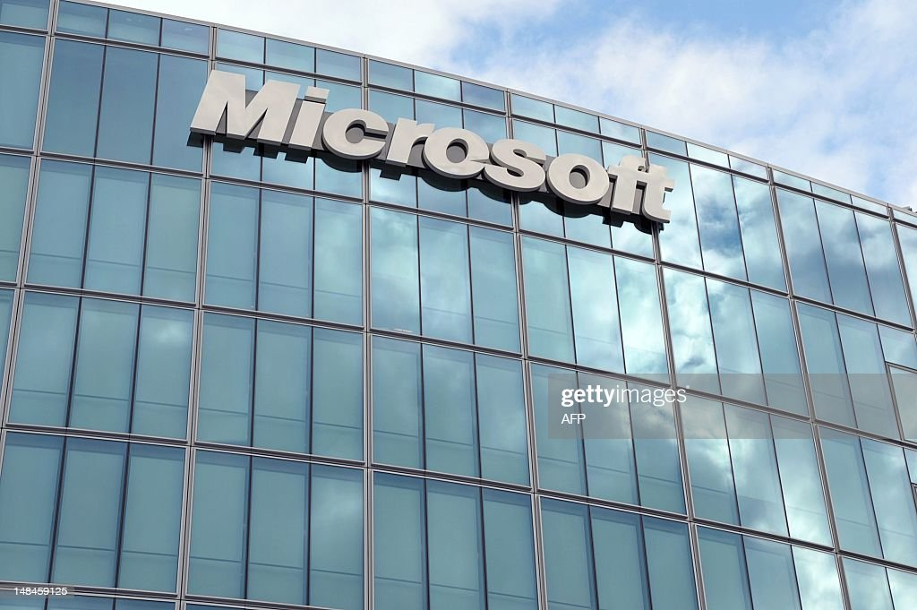 A picture taken on October 6, 2009 in Paris shows Microsoft headquarters. AFP PHOTO ERIC PIERMONT
