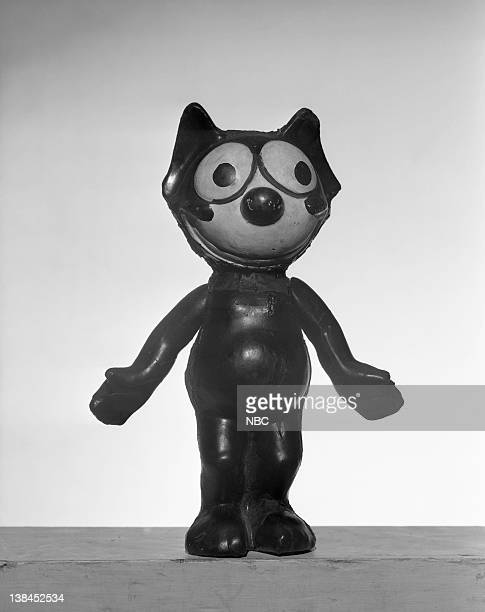 13' Flex The Cat model used in the first RCA and NBC television transmission testings