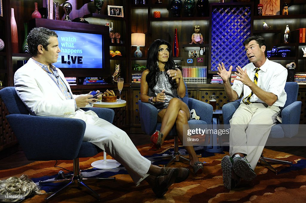 Andy Cohen, <a gi-track='captionPersonalityLinkClicked' href=/galleries/search?phrase=Teresa+Giudice&family=editorial&specificpeople=5912953 ng-click='$event.stopPropagation()'>Teresa Giudice</a>, <a gi-track='captionPersonalityLinkClicked' href=/galleries/search?phrase=Jerry+O%27Connell&family=editorial&specificpeople=208243 ng-click='$event.stopPropagation()'>Jerry O'Connell</a> --