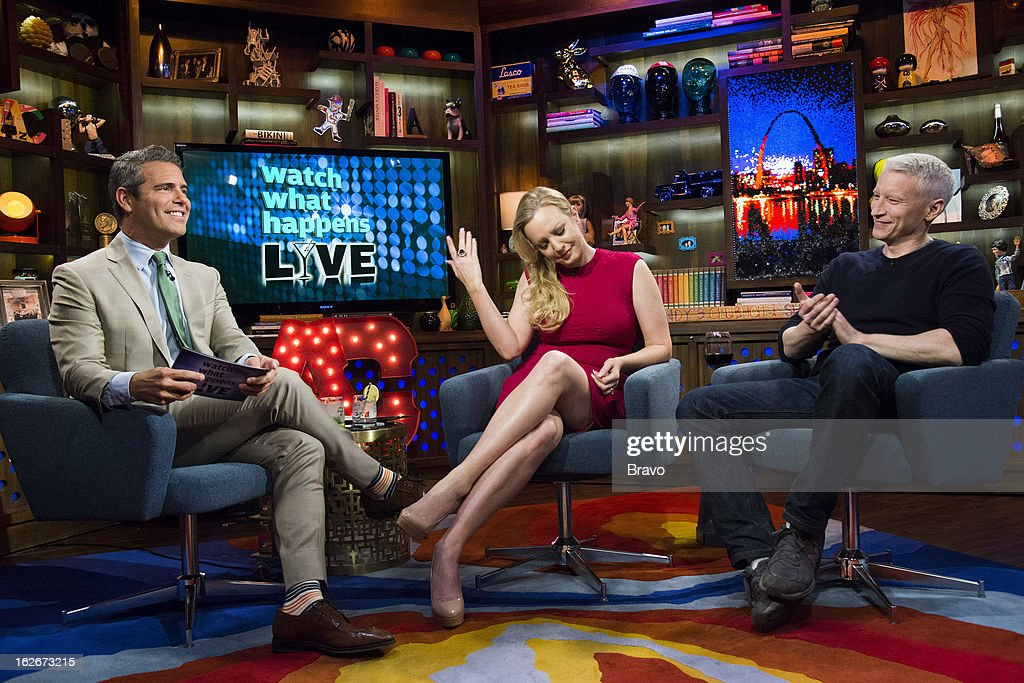 Andy Cohen, Wendi McLendon-Covey and Anderson Cooper -- Photo by: Charles Sykes/Bravo/NBCU Photo Bank via Getty Images