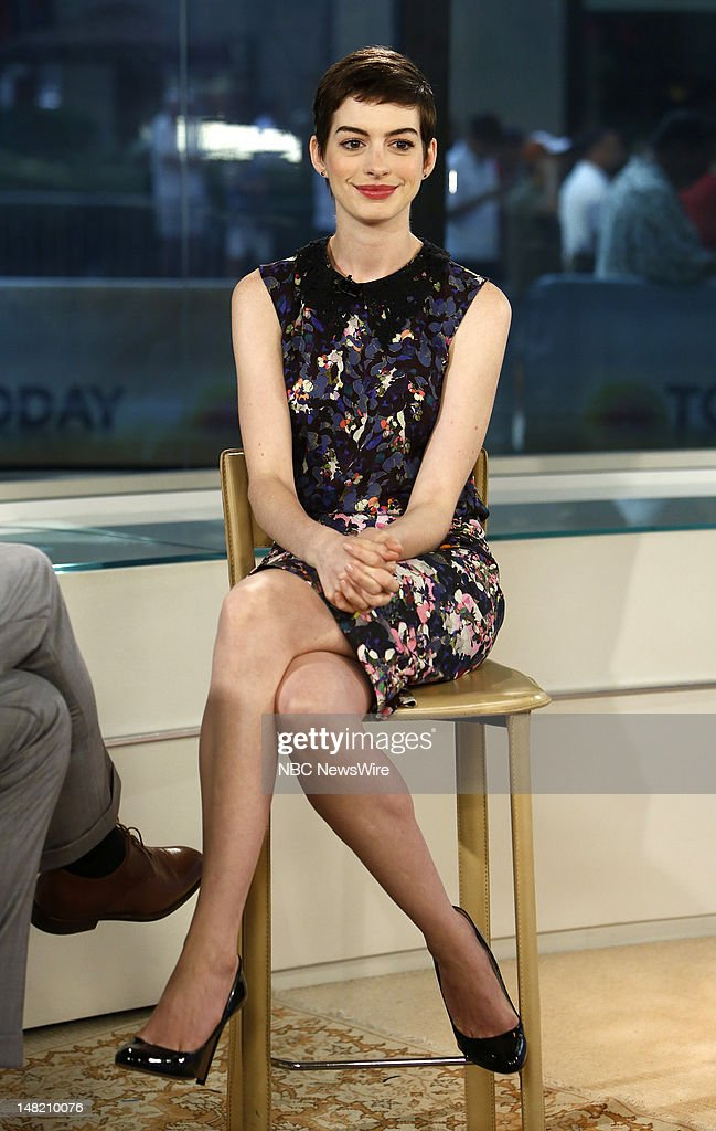 <a gi-track='captionPersonalityLinkClicked' href=/galleries/search?phrase=Anne+Hathaway+-+Atriz&family=editorial&specificpeople=11647173 ng-click='$event.stopPropagation()'>Anne Hathaway</a> appears on NBC News' 'Today' show --