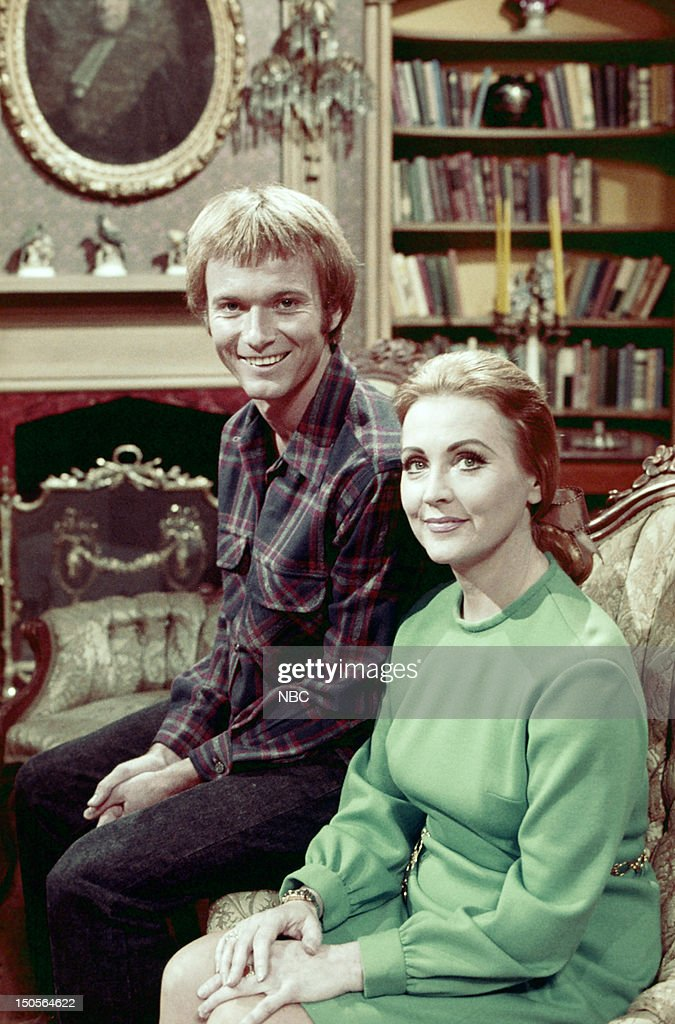 Anthony Geary as David Lockhart, Anne Jeffreys as Sylvia Bancroft --