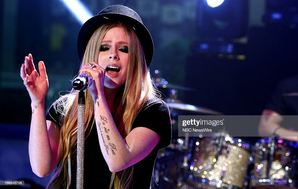 <a gi-track='captionPersonalityLinkClicked' href=/galleries/search?phrase=Avril+Lavigne&family=editorial&specificpeople=171190 ng-click='$event.stopPropagation()'>Avril Lavigne</a> appears on NBC News' 'Today' show --