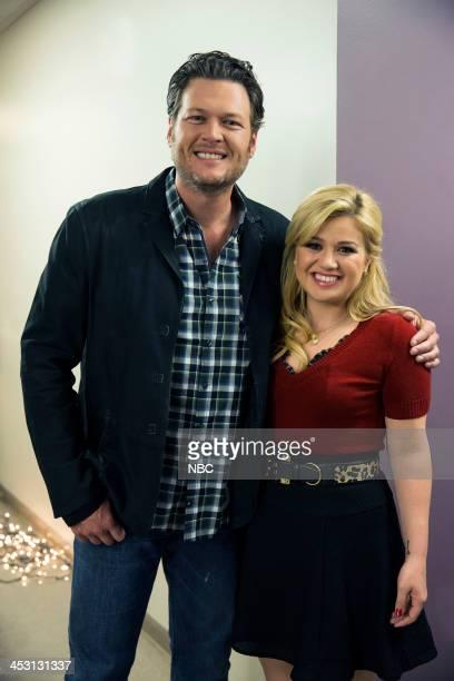 S CAUTIONARY CHRISTMAS MUSIC TALE Pictured Blake Shelton Kelly Clarkson