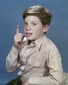 Bobby Diamond as Joey Newton