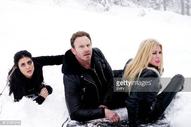 Cassie Scerbo as Nova Clarke Ian Ziering as Fin Shepard Tara Reid as April Shepard