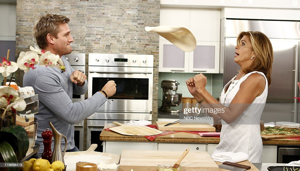 <a gi-track='captionPersonalityLinkClicked' href=/galleries/search?phrase=Curtis+Stone&family=editorial&specificpeople=215291 ng-click='$event.stopPropagation()'>Curtis Stone</a> and <a gi-track='captionPersonalityLinkClicked' href=/galleries/search?phrase=Hoda+Kotb&family=editorial&specificpeople=2338013 ng-click='$event.stopPropagation()'>Hoda Kotb</a> appear on NBC News' 'Today' show --