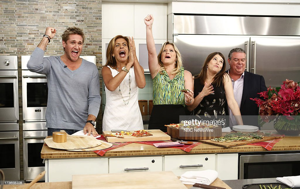 <a gi-track='captionPersonalityLinkClicked' href=/galleries/search?phrase=Curtis+Stone&family=editorial&specificpeople=215291 ng-click='$event.stopPropagation()'>Curtis Stone</a>, <a gi-track='captionPersonalityLinkClicked' href=/galleries/search?phrase=Hoda+Kotb&family=editorial&specificpeople=2338013 ng-click='$event.stopPropagation()'>Hoda Kotb</a>, Sara Haines, <a gi-track='captionPersonalityLinkClicked' href=/galleries/search?phrase=Gail+Simmons&family=editorial&specificpeople=4337508 ng-click='$event.stopPropagation()'>Gail Simmons</a> and <a gi-track='captionPersonalityLinkClicked' href=/galleries/search?phrase=Elvis+Duran&family=editorial&specificpeople=3048281 ng-click='$event.stopPropagation()'>Elvis Duran</a> appear on NBC News' 'Today' show --