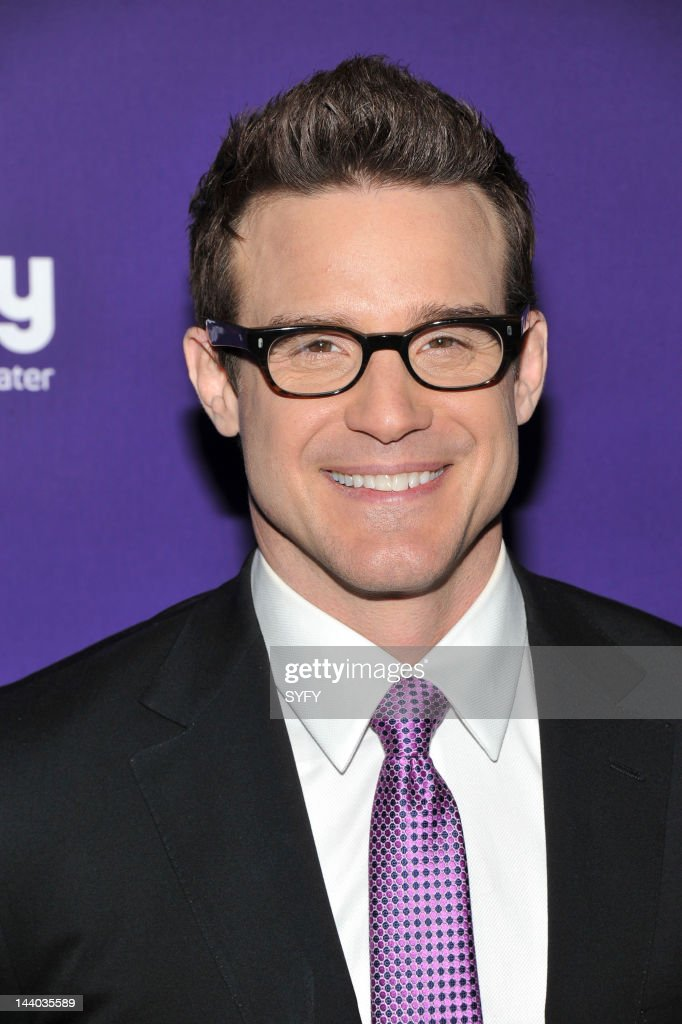 <a gi-track='captionPersonalityLinkClicked' href=/galleries/search?phrase=Eddie+McClintock&family=editorial&specificpeople=2083765 ng-click='$event.stopPropagation()'>Eddie McClintock</a> arrives at 'Syfy Upfront 2012 at the American Museum of Natural History in New York City on April 24, 2012' --