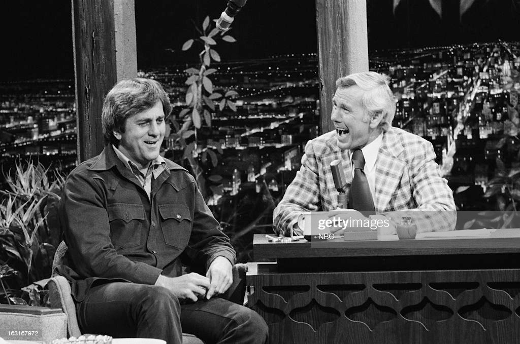 Football player/actor Don Meredith, host Johnny Carson on March 13, 1975 --