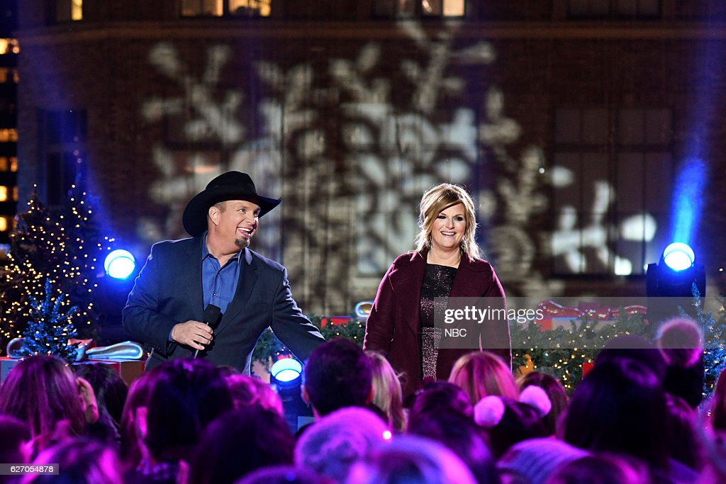 Garth Brooks and Trisha Yearwood rehearse for the 2016 Christmas in Rockefeller Center --