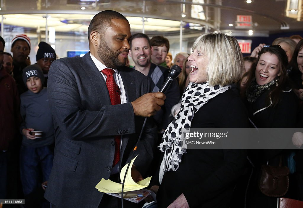 Guest host Anthony Anderson with contestants during a trivia quiz on NBC News' 'Today' show on March 20, 2013 --