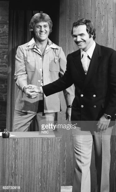 Guest Host Don Meredith greeting Acto Burt Reynoldson May 7th 1975