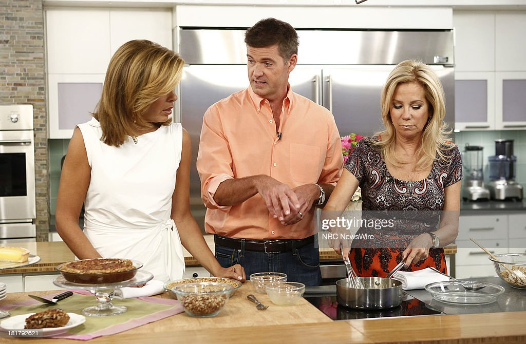 <a gi-track='captionPersonalityLinkClicked' href=/galleries/search?phrase=Hoda+Kotb&family=editorial&specificpeople=2338013 ng-click='$event.stopPropagation()'>Hoda Kotb</a>, Jamie Deen and <a gi-track='captionPersonalityLinkClicked' href=/galleries/search?phrase=Kathie+Lee+Gifford&family=editorial&specificpeople=203269 ng-click='$event.stopPropagation()'>Kathie Lee Gifford</a> appear on NBC News' 'Today' show --