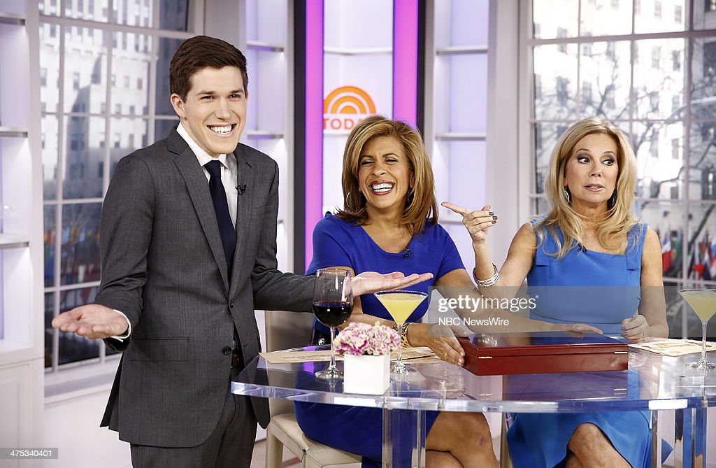 Hoda kotb kathie lee gifford and appear on nbc news - Nbc today show kathie lee and hoda ...